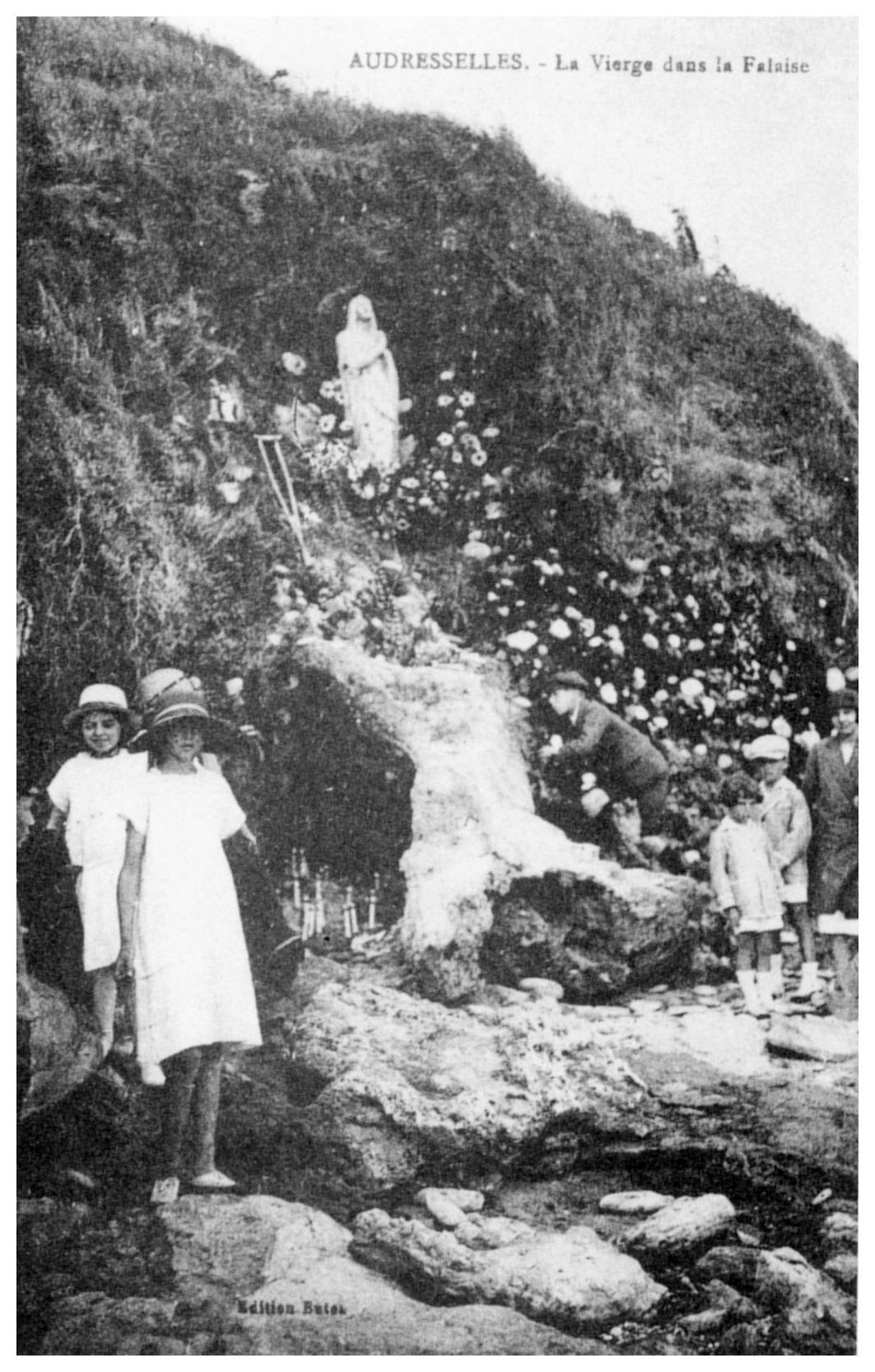 La Vierge dans la falaise au cran Poulet