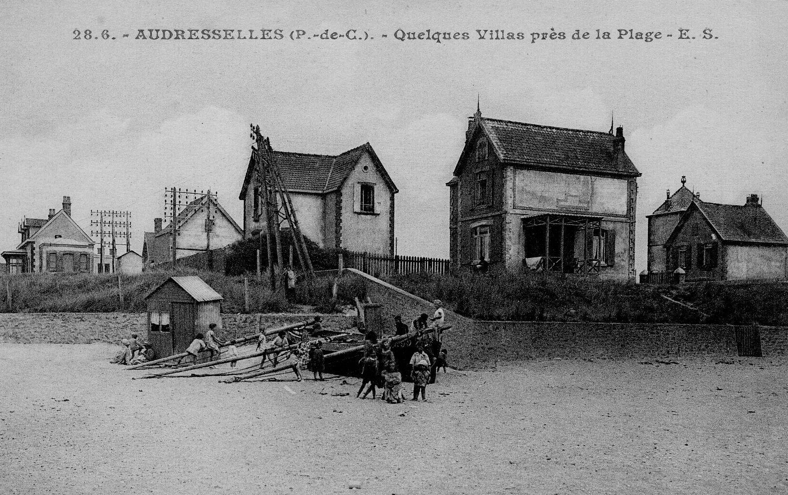 Audresselles , quelques villas près de la plage