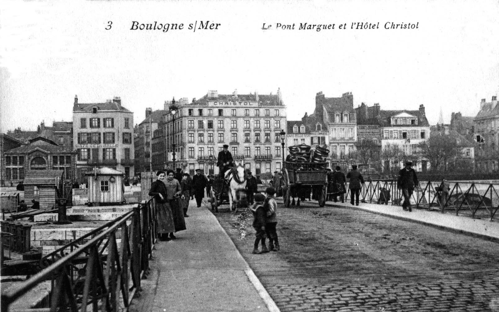 Boulogne sur mer - charrettes sur le pont Marguet
