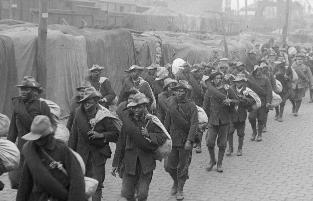 Guerre 14 Débarquement de soldats congolais à Boulogne