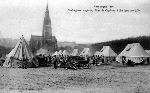 1914 Une boulangerie de l'armée anglaise , place de Capécure à Boulogne sur mer