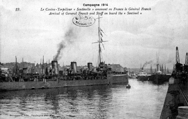 Guerre 14 Le contre-torpilleur Sentinelle dans le port de BOULOGNE