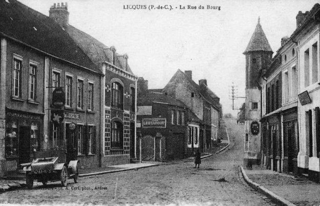Licques - la rue du Bourg